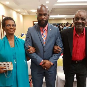 Bunji received the honor yesterday in the presence of his parents.
